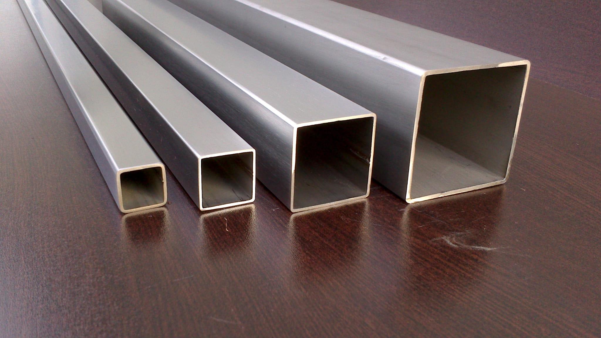 Modernistyczne PROFIL NIERDZEWNY 40x40x2 mm METAL-E.PL ZS07